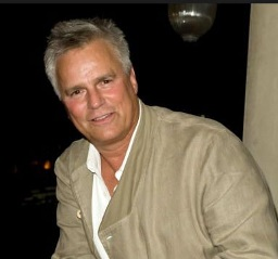 Richard Dean Anderson Married, Wife, Gay, Family, Net Worth, Now