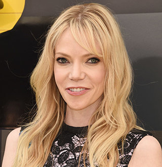 Riki Lindhome Married, Husband, Boyfriend, Dating, Parents, Net Worth