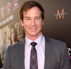 Rob Huebel Married, Wedding, Wife, Girlfriend, Gay, Children, Net Worth