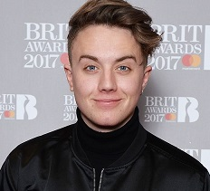 Roman Kemp Wiki, Girlfriend, Dating, Gay, Family, Salary, Net Worth