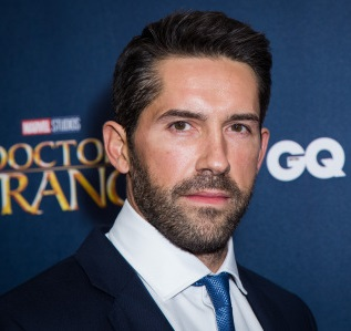 Scott Adkins Wiki, Married, Wife, Family, Shirtless, Interview, Net Worth