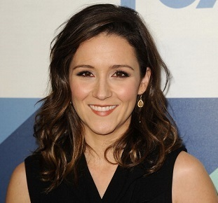 Shannon Woodward Married, Boyfriend, Dating, Lesbian, Net Worth
