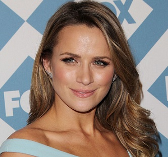 Shantel VanSanten Married, Husband, Boyfriend, Dating, Net Worth
