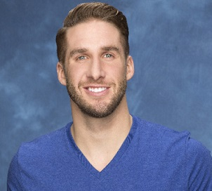 Shawn Booth Wiki, Age, Married, Engaged, Girlfriend, Dating, Height