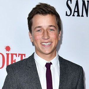 Skyler Gisondo Girlfriend, Dating, Gay, Shirtless, Interview, Age, Height