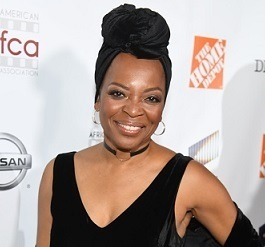 Tina Lifford Wiki, Bio, Age, Married, Husband, Family, Net Worth