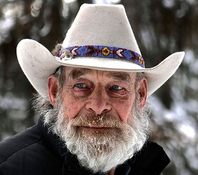 Mountain Men Star Tom Oar Wiki, Age, Wife, Family, Net Worth
