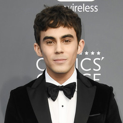 Tyler Alvarez Wiki: Girlfriend, Dating, Family, Height, Net Worth