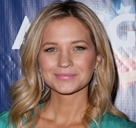 Vanessa Ray Wiki, Husband, Divorced, Boyfriend and Net Worth
