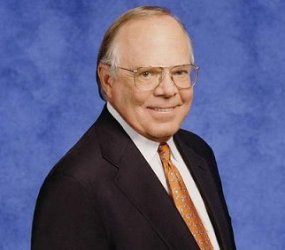 Verne Lundquist Wife, Partner, CBS, Retiring, Salary, Net Worth, Height