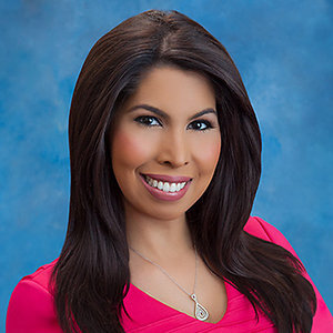 Veronica Cintron Wiki, Age, Married, Husband, Family, Bay News 9, Salary