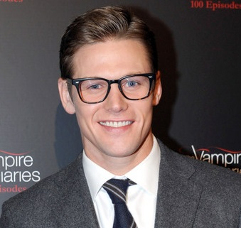 zach roerig and girlfriend