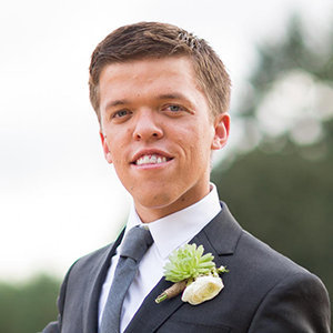 Zach Roloff Wiki: Age, Wedding, Wife, Girlfriend, Baby, Net Worth, Height