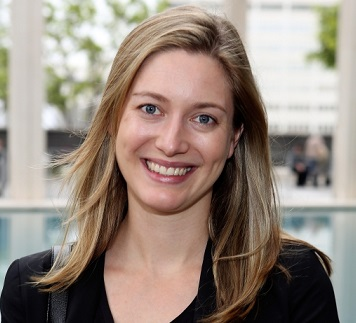 Zoe Perry Wiki, Age, Height, Parents, Married, Husband, Boyfriend, Bio