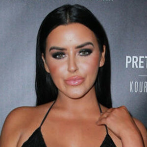 Abigail Ratchford Wiki: Net Worth, Boyfriend, Dating