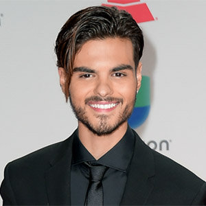 Abraham Mateo Girlfriend, Dating, Ethnicity- All You Need to Know