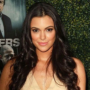 Anabelle Acosta Wiki: Boyfriend, Dating, Family