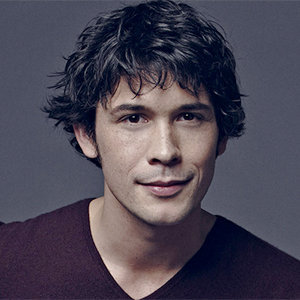 Is Bob Morley Gay? His Girlfriend, Dating, Relationship, Family, And More