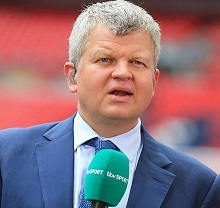 Adrian Chiles Wife, Divorce, Partner or Girlfriend, Affair and Net Worth