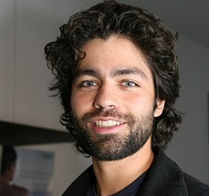 Adrian Grenier Married, Wife, Girlfriend, Dating, Ethnicity, Net Worth
