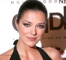 Adrianne Curry Wiki, Married, Husband, Divorce, Boyfriend, Dating and Now