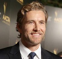 Brett Tucker Married, Wife, Girlfriend, Dating, Gay, Interview