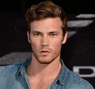 Derek Theler Wiki, Married, Wife, Girlfriend or Gay, Dating, Net Worth