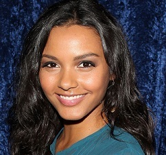 Jessica Lucas Married, Husband, Boyfriend, Dating, Parents, Ethnicity
