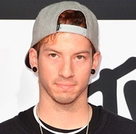 Josh Dun Wiki, Girlfriend, Dating or Gay and Net Worth