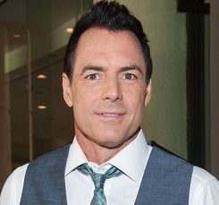 Mark Steines Wife, Divorced, Engaged, Girlfriend, Dating and Net Worth