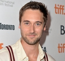 Ryan Eggold Married, Wife or Partner, Girlfriend or Gay, Dating
