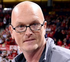 Scott Van Pelt Married, Wife, Divorce, Children, Cancer, Salary, Net Worth