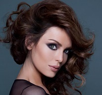 Yoanna House Wiki, Married, Husband, Boyfriend, Dating and Net Worth