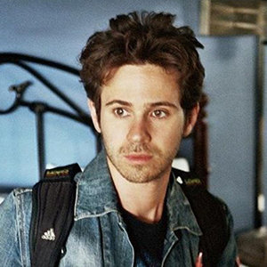 Is Connor Paolo Gay? Dating, Girlfriend, Wife, Married, Net Worth Details