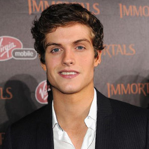 Daniel Sharman Girlfriend, Gay, Net Worth