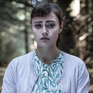 Ella Purnell Wiki: Age, Dating, Boyfriend, Married, Husband & More Facts