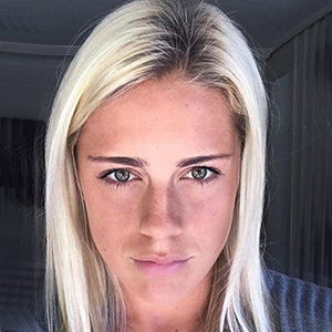 Is Abby Dahlkemper Married? Find Out Her Boyfriend Details