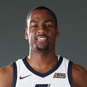 Alec Burks Wife, Baby, Net Worth, Stats