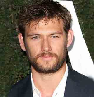 Alex Pettyfer Wife, Dating, Gay, Net Worth