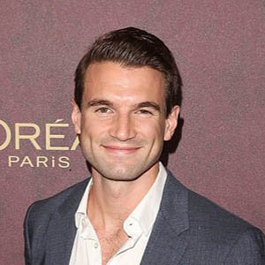 Alex Russell Wife, Net Worth, Family