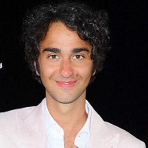 Alex Wolff Bio, Age, Girlfriend, Gay, Net Worth
