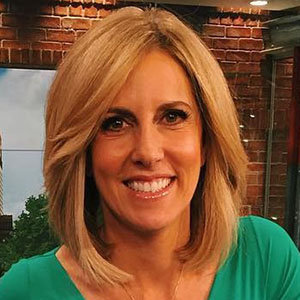 Alisyn Camerota CNN, Salary, Net Worth, Husband, Family, Height