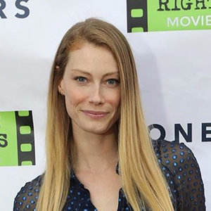 Alyssa Sutherland Wiki, Husband, Net Worth, Height