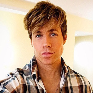 Ashley Parker Angel Gay, Son, Wife, Net Worth
