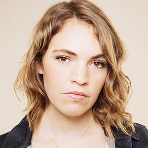Beth Stelling Wiki, Age, Married, Net Worth