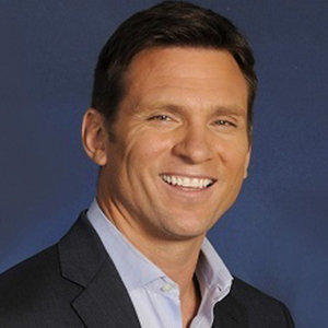 Bill Weir Married, Wife, Girlfriend or Gay, Family, Bio, Height