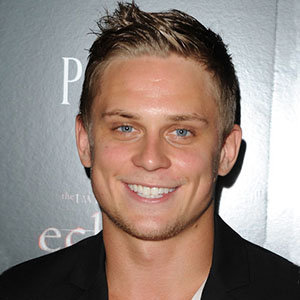 Billy Magnussen Wiki: Girlfriend, Gay, Family, Net Worth