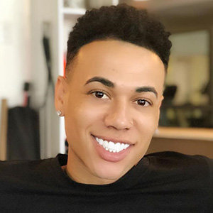 Bobby Lytes Wiki, Age, Parents, Girlfriend, Gay