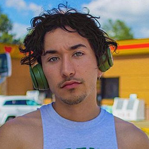 Brennen Taylor Wiki, Age, Girlfriend, Gay, Height, Parents