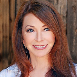 Cassandra Peterson Wiki, Husband, Daughter, Net Worth